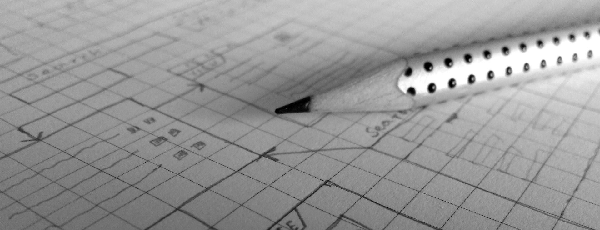 Bleistift auf Bauplan